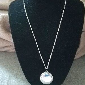 Jewelry - Handmade silver plated round locket necklace